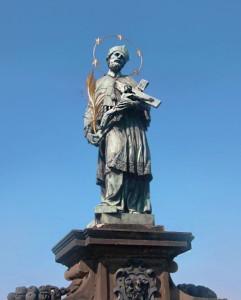 Ян Непомуцкий - один из самых почитаемых святых в Чехии