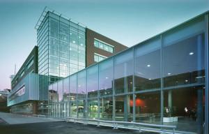 факультет активно развивает научную деятельность и сотрудничает с рядом заграничных университетов